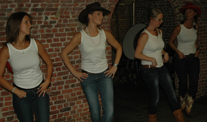 vgz_country_line_dance03